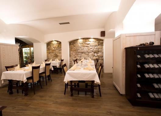Hotel-a-restaurace-Green-Gondola-17