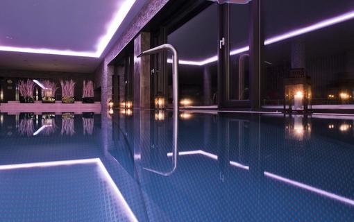 Wellness hotel Vista 1154486333