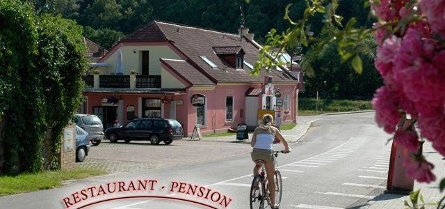Restaurant-Pension L-Club Hluboká nad Vltavou