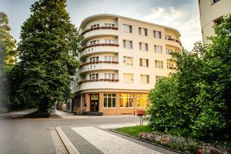 Poděbrady-Hotel Bellevue - Tlapák