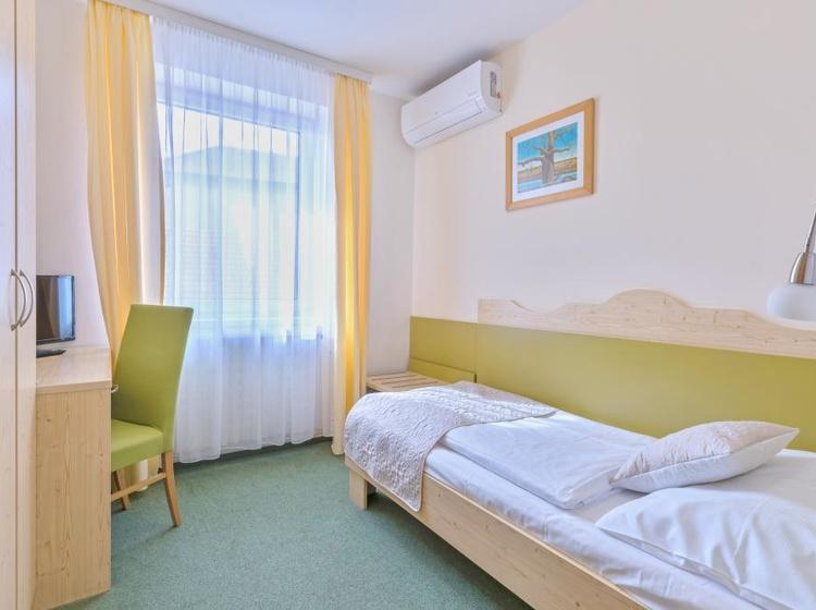Wellness Hotel Iris Pokoje 1 2