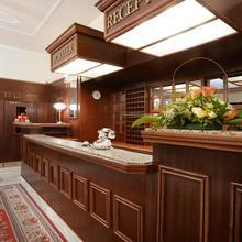 Gala Hotel Excelsior Mariánské Lázně 49984652