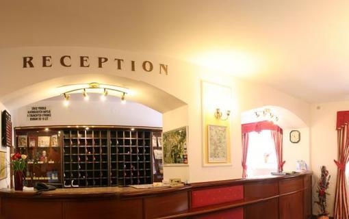 Hotel FLORA Hotelová recepce