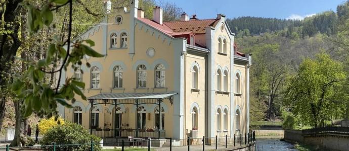 VILLA BASILEIA Riverside Karlovy Vary