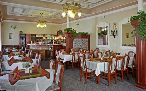 HOTEL MAXIM 1152308063