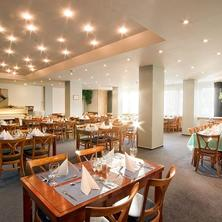 Hotel Fortuna West Praha 36490118