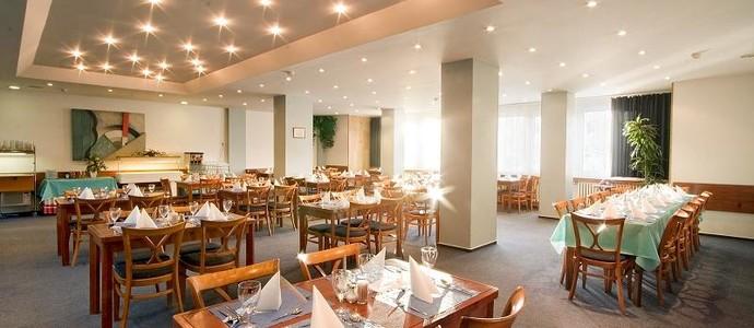 Hotel Fortuna West Praha 942067020
