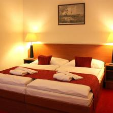 HOTEL THERESIA Kolín 36594230