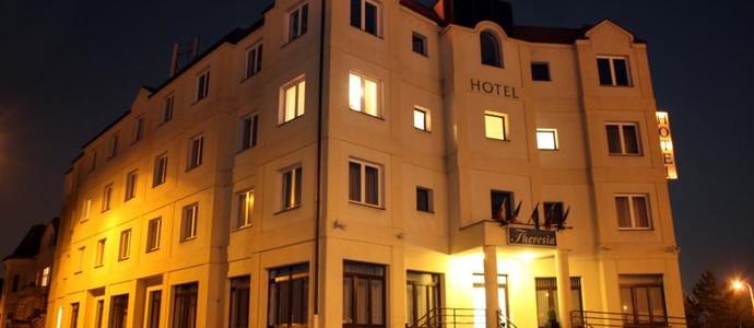 HOTEL THERESIA Kolín 1117153880