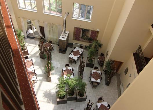 HOTEL-THERESIA-23