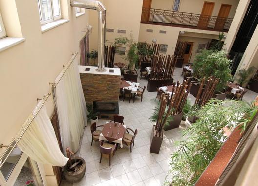HOTEL-THERESIA-25