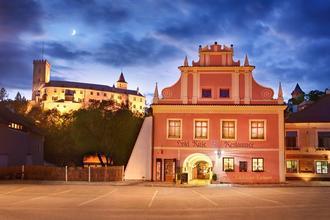 Hotel RŮŽE Rožmberk nad Vltavou