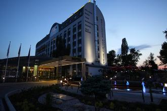 WELLNESS HOTEL STEP Praha 50100930