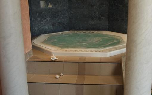 Wellness hotel Jean de Carro Whirlpool