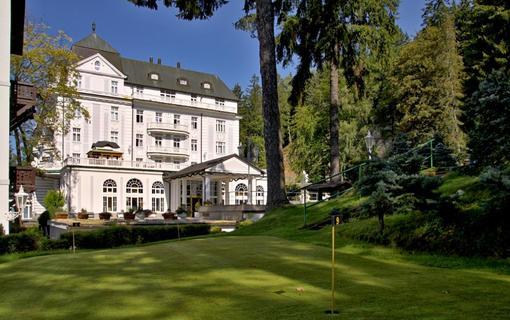 Wellness hotel Esplanade Spa & Golf Resort Esplanade venkovní putting green