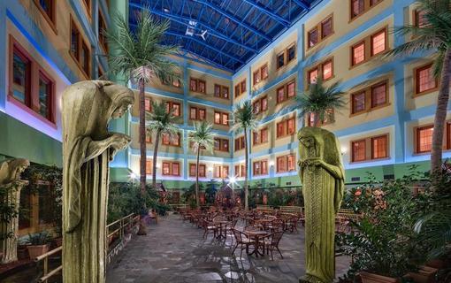 WELLNESS HOTEL BABYLON Tropická zahrada