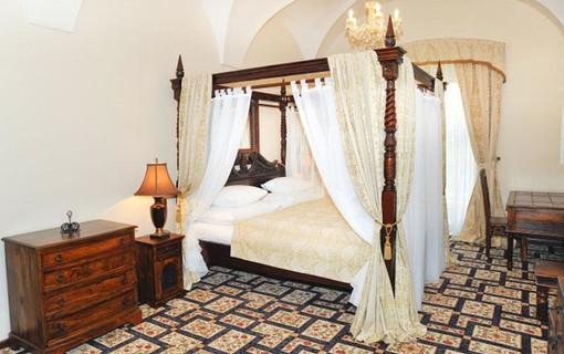 Romantika na zámku-Chateau Zámek Zbiroh 1153884169