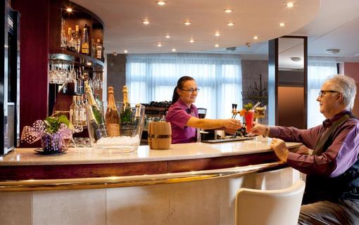 Chateau Monty SPA Resort Lobby Bar