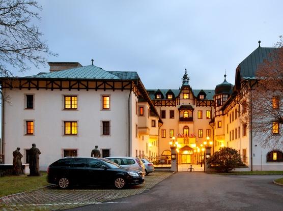 Jako na zámku-Chateau Monty SPA Resort