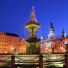 Pohled z náměstí