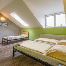 Třílůžkový pokoj - Liberec