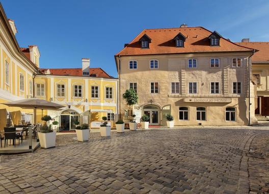 BELLEVUE-HOTEL-ČESKÝ-KRUMLOV-1