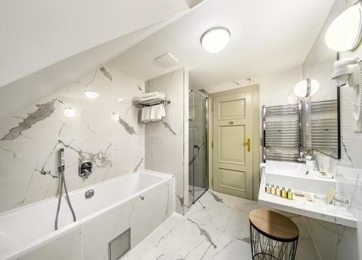 BELLEVUE-HOTEL-ČESKÝ-KRUMLOV-15