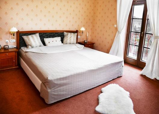 ROMANTIK-HOTEL-ELEONORA-5