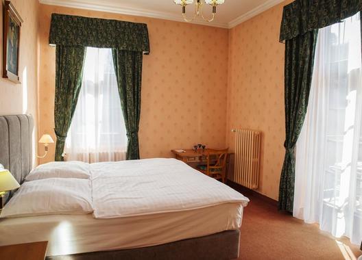 ROMANTIK-HOTEL-ELEONORA-14