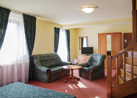 ROMANTIK-HOTEL-ELEONORA-21