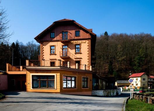 ROMANTIK-HOTEL-ELEONORA-51