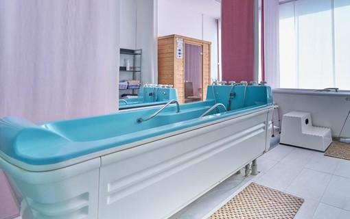 Zázrak na bolesti zad a kloubů na 5 nocí-Lázeňské sanatorium Dr. Peták 1154095719