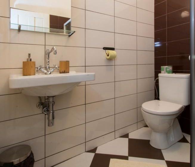 Pokoj č.10 koupelna