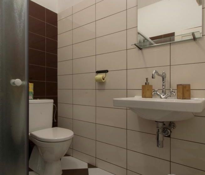 Pokoj č.9 koupelna