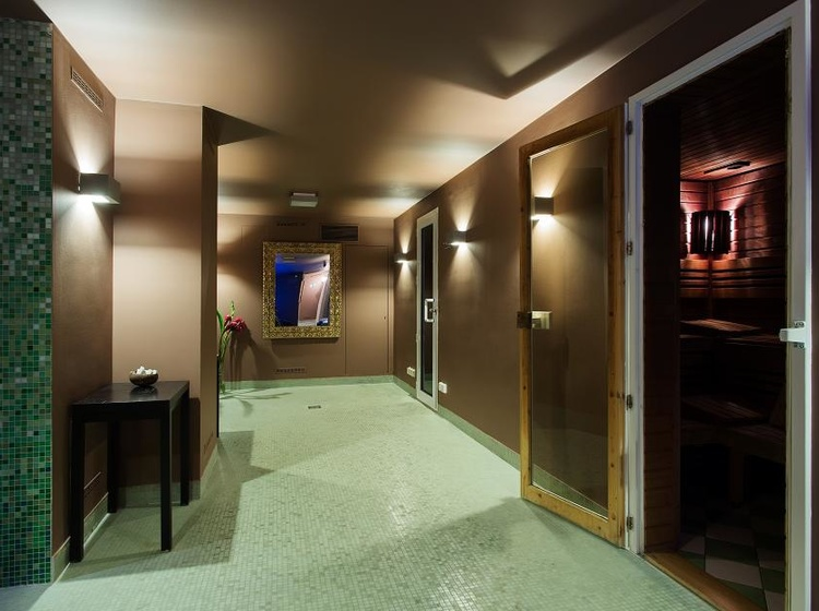 Le Palais Art Hotel Praha Pára, sauna a aroma sprchy 2