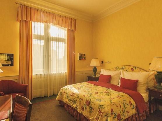 Le Palais Art Hotel Praha Deluxe pokoj - dvoulůžkový