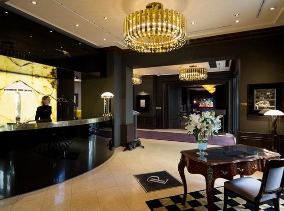 Le Palais Art Hotel Praha Recepce