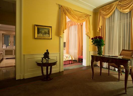 Le-Palais-Art-Hotel-Praha-49