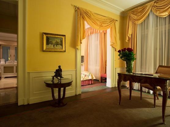 Le Palais Art Hotel Praha Le Palais Executive Apartmán