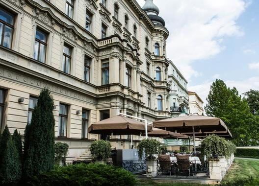 Le-Palais-Art-Hotel-Praha-1