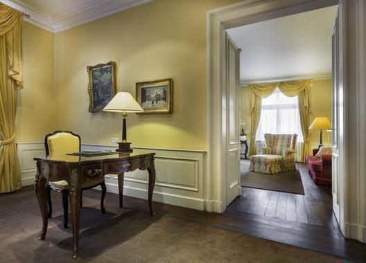 Le-Palais-Art-Hotel-Praha-7