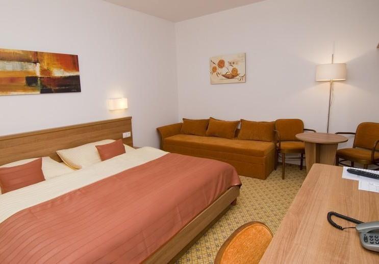 Hotelový pokoj - 2L s přistýlkou