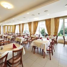 Hotel Anna Marie Lázně Bělohrad 33518688