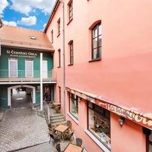 Hotel & apartments U Černého orla - Třebíč