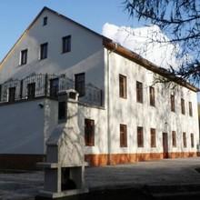 House George Prysk