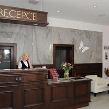 HOTEL BERG Doksy 44538722