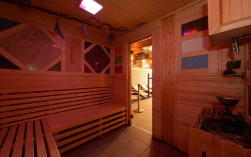 HOTEL BERG 1154200933