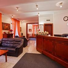 Hotel Sanatorium WESTEND Mariánské Lázně 37052518