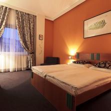 Amande Wine Wellness Hotel-Hustopeče-pobyt-Letní rodinná dovolená