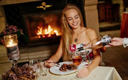 Hotel Akademie Velké Bílovice Romantická večeře